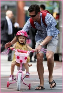 51093831 Jason Hoppy, estranged husband of reality TV star Bethenny Frankel, takes their daughter Bryn for a bike ride in New York City, New York on May 10, 2013. FameFlynet, Inc - Beverly Hills, CA, USA - +1 (818) 307-4813 RESTRICTIONS APPLY: USA ONLY